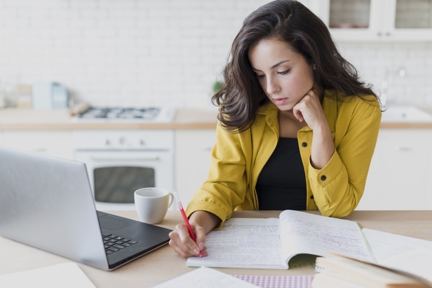How to Get Connected With Online Assignment Help Service Providers?
